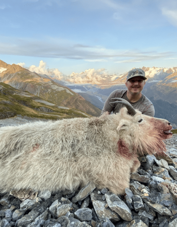 Barela's Alaska Outfitters – Yukon Hunting Outfitters for Grizzly, Moose, Caribou, Black Bear and Mountain Goat