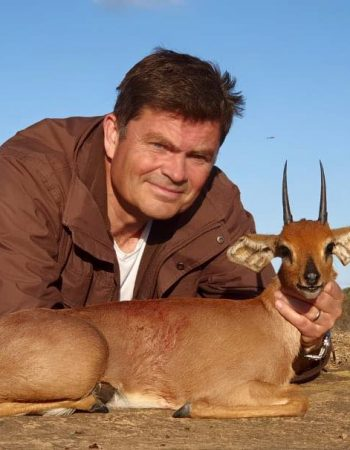 Jonny Fetting Hunting Safaris – Free Range, Fair Chase Hunting Outfitters for Dangerous Game and Plains Game Hunts in South Africa